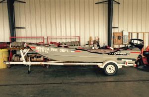1994 Roughneck 16-foot rescue boat